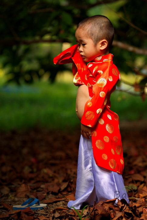 Little child Ao Dai - Vietnam