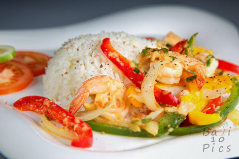 Rice and shrimp - the colors of the rainbow