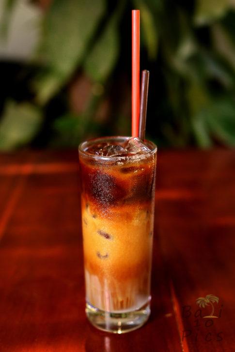 Traditional vietnamese coffee - cà phê sữa đá