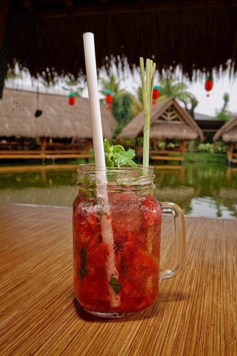 Food photography Bali - Strawberry drink