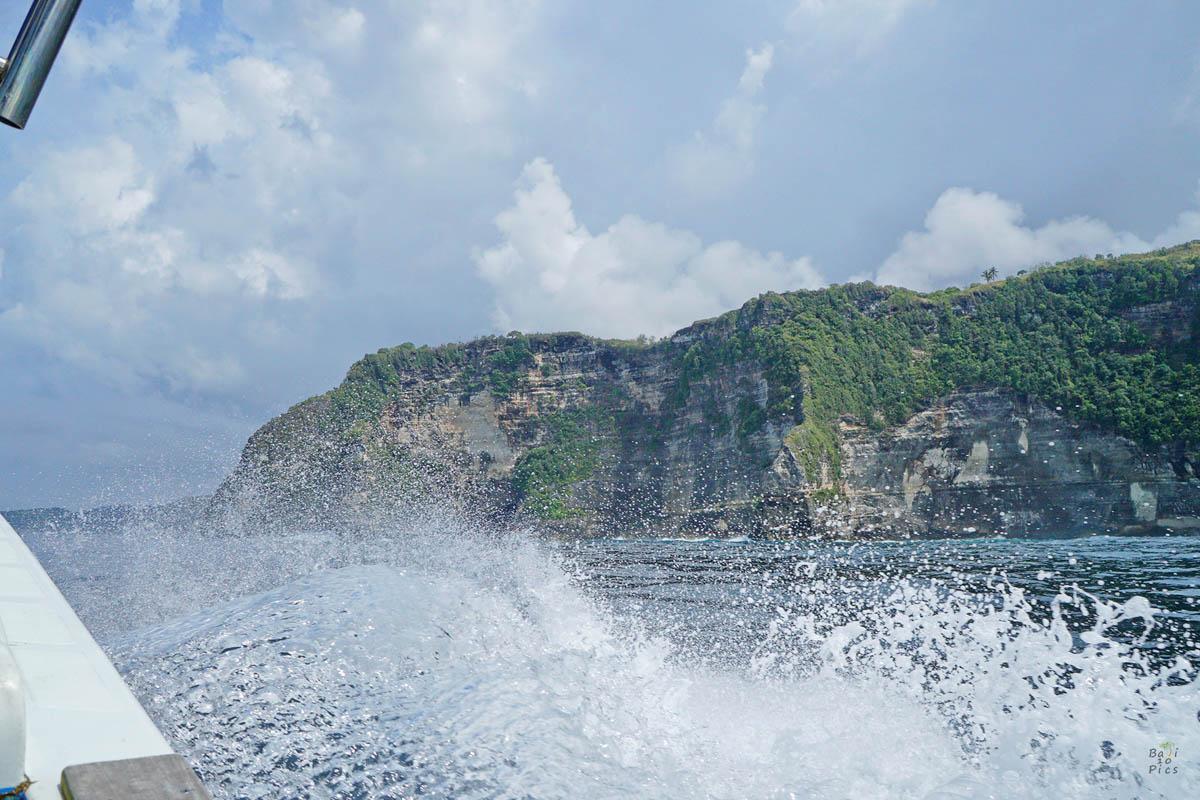 Фотограф под наем - препускане с бързата лодка по водата