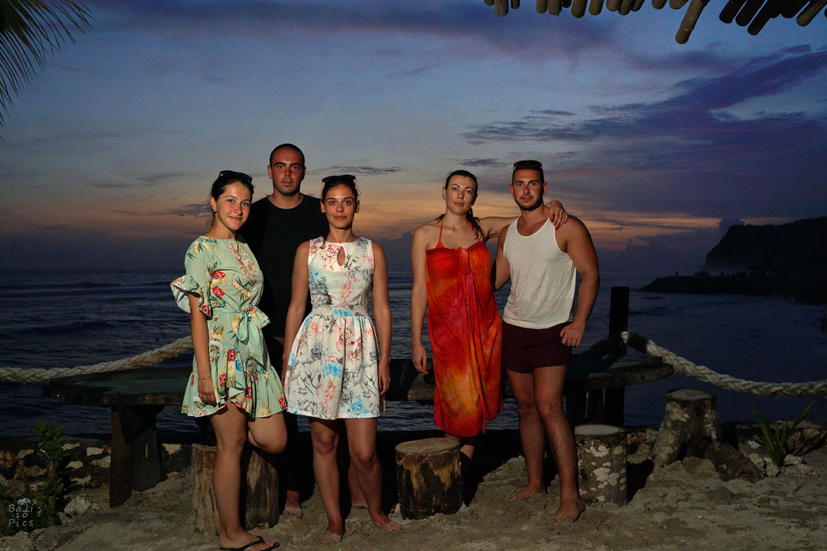 Фотограф под наем - фотосесия на Бали - melasti beach - снимка 6