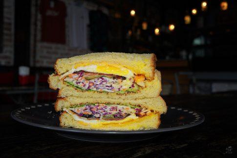 Кулинарна фотография - сандвич с яйца