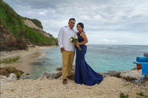 Сватба на остров Бали - на плажа